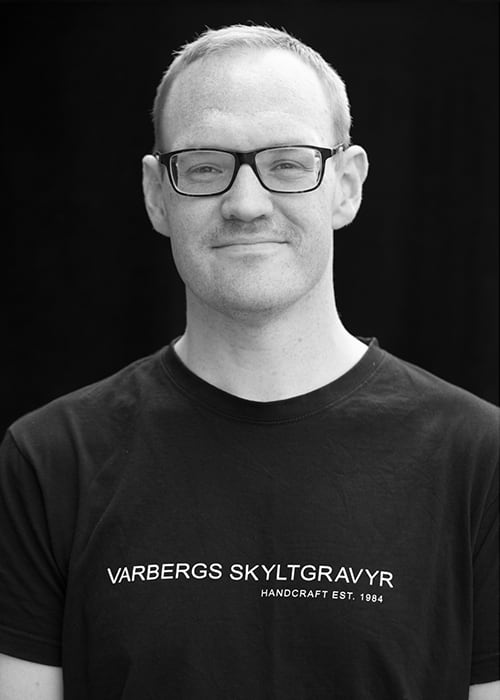 Björn Åkerlind, Varbergs Skyltgravyr